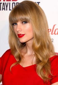 Taylor-Swift_2399926a